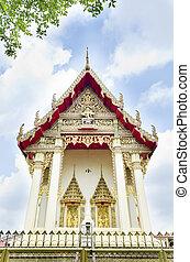 Beautiful Thai Buddhist temple. Wat Ka Ma La Vat, bangkok, ...