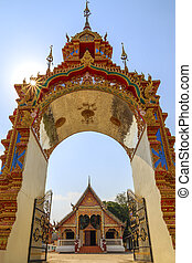 Beautiful Thai temple gate.