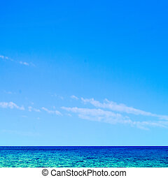Beautiful tropical sea and sky - Summer scene background