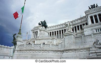 Beautiful view of Piazza Venezia, Rome