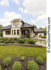 Beautiful villa with garden idea