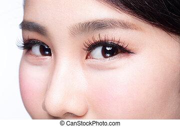 Beautiful woman eye with long eyelashes. asian model