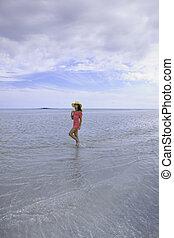 beautiful woman on the kaneohe sandbar - beautiful woman on ...