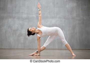 Beautiful Yoga: Utthita Trikonasana, extended triangle pose