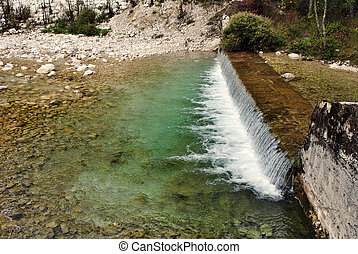 beautifull, ποτάμι