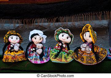 Beautifull dolls from Peru - Colorful Fabric at Cusco market...