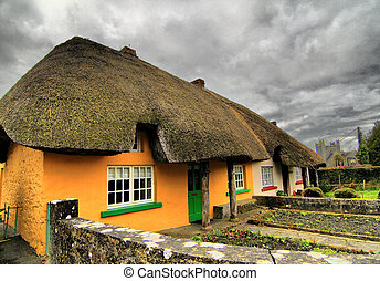 Beautifull Ireland - Typical old traditional Irish house...