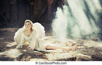 Beauty angel - Photo of beauty angel sitting