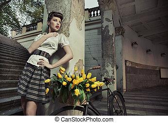 Beauty brunette posing - Actracttive bauty brunette posing ...