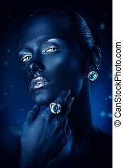 beautiful aquamarine ring - Beauty, fashion portrait. Close-...