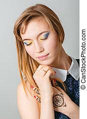 Beauty Girl Portrait. Beautiful Young Woman