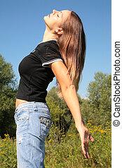 Beauty girl posing in park