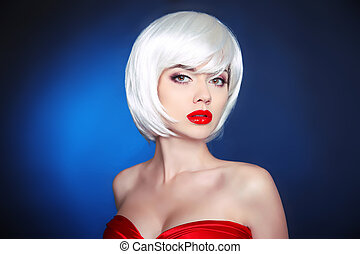 Beauty Makeup. Short hairstyle. White bob hair style