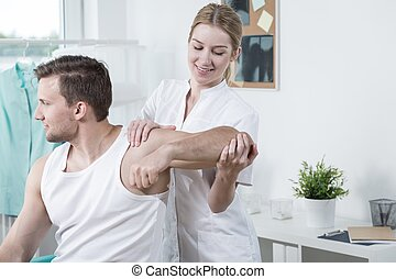 Beauty physiotherapist at work