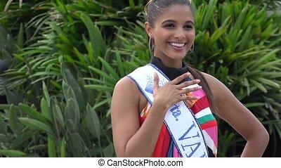 Beauty Queen, Model, Beauty Pageant