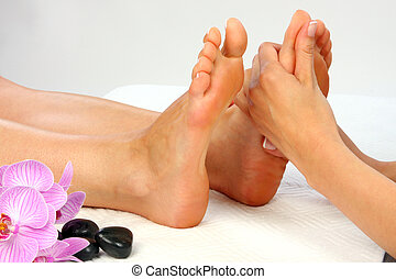 Feet Massage - Beauty treatment photo - Feet Massage