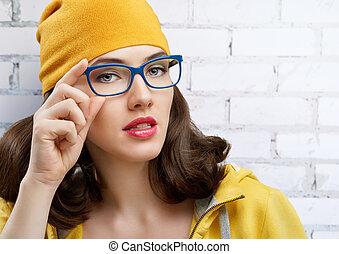 wearing glasses - beauty woman wearing glasses