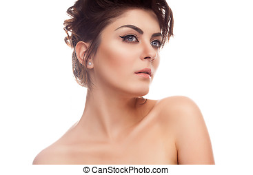 Beauty woman with natural make up