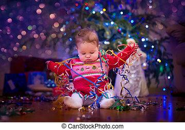 bebé, árbol, navidad, debajo