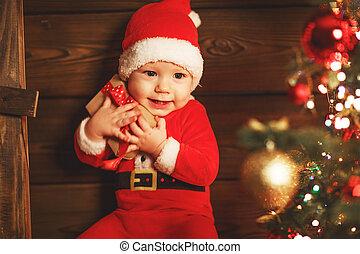 bebé, árbol, regalo de navidad, feliz
