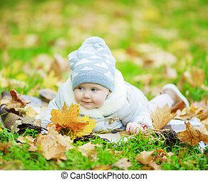 bebé, en el parque