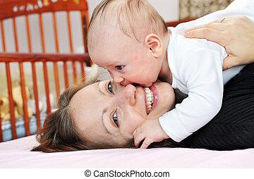 bebé, madre