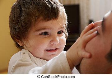 bebé, papá, niña, juego