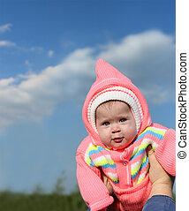 bebê, em, cor-de-rosa, capuz