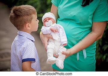 bebê, novo, parque, irmão, nascido