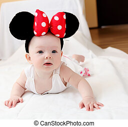 bebê, ratinho, orelhas