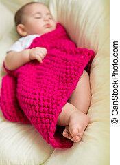 bebê recém-nascido, dormir, cama