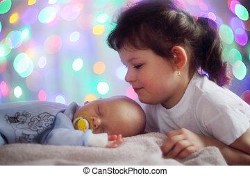 bebê recém-nascido, irmã