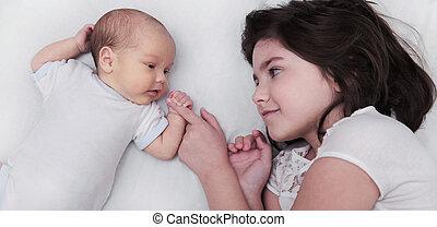 bebê recém-nascido, irmã, irmão, irmãs