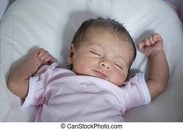 bebê recém-nascido, menina, em, a, cama