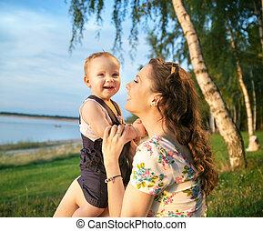 bebê, retrato, rir, mãe