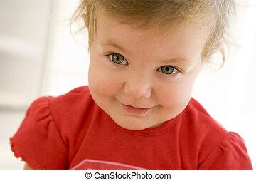bebê, sorrindo, dentro