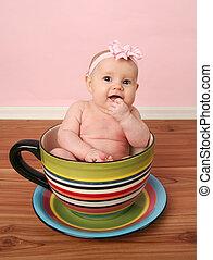 bebê, xícara chá