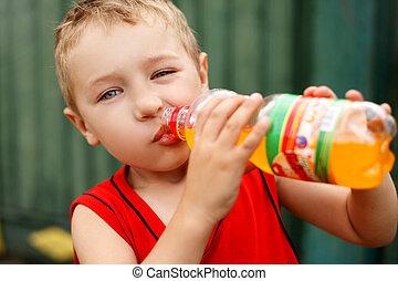 bebendo, criança, insalubre, soda