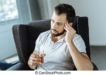 bebendo, triste, transtorne, álcool, homem