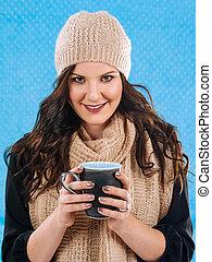 bebida, café caliente, en, un, frío, día
