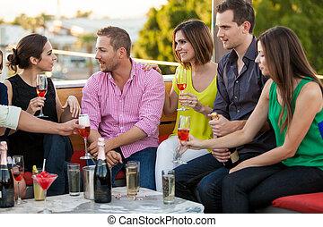 bebida, champaña, con, amigos