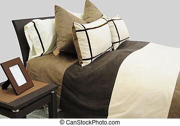 Bedding spreads.