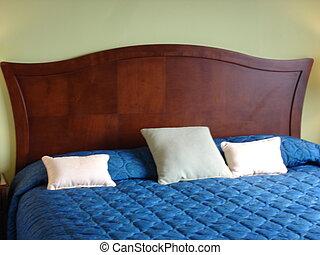 Bedroom - Luxurious Bedroom