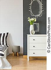 Bedroom with blackboard wall
