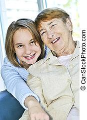 bedstemoderen, granddaughter, besøge