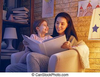 bedtime., lesende , familie