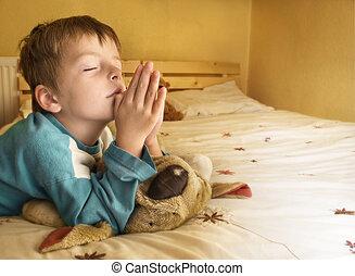 bedtime., niño, poco, rezando