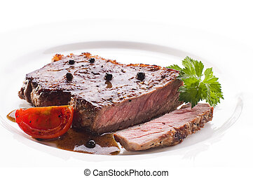 Beef steak - Fresh grilled beef steak on white plate close...