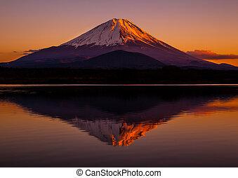 beeld, ondergaande zon , mt.fuji, inverted