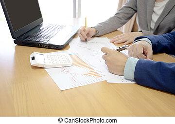 beeld, van, succesvolle , partners, besprekende zaak, plan, op, vergadering